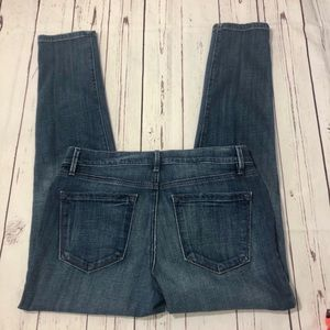 LOFT Relaxed Skinny Jeans Size 28/6